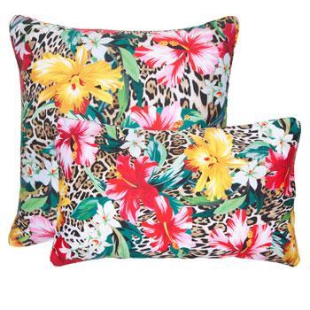 Urocza poduszka we wzory rajskiego ogrodu - dekoracje do wnętrz od Zara Home