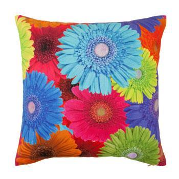 Dekoracyjna poduszka we wzory barwnych kwiatów - dekoracje do wnętrz od Zara Home