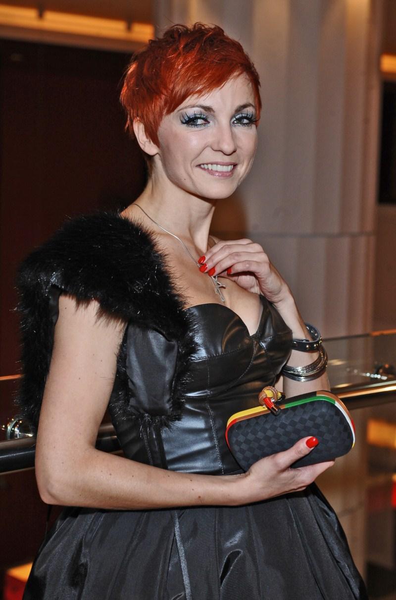 Ania Wyszkoni - Pokaz Macieja Zienia Relation w/l 2011