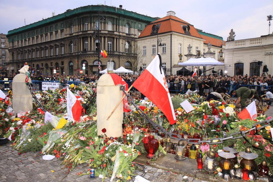 Żałoba Narodowa: Żałoba Narodowa W Warszawie