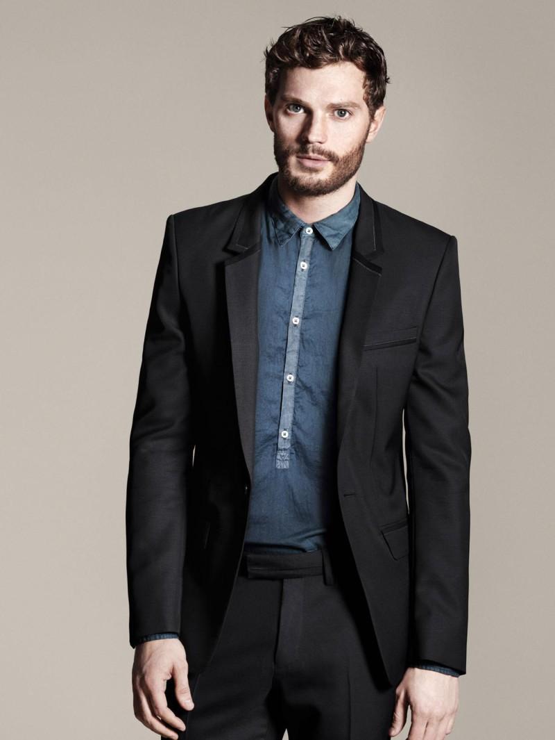 czarny garnitur ZARA - moda 2011