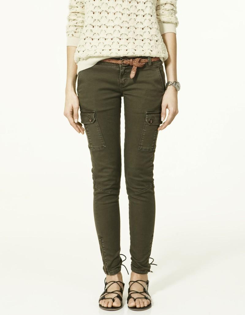 khaki spodnie ZARA z kieszeniami rurki - trendy wiosna-lato