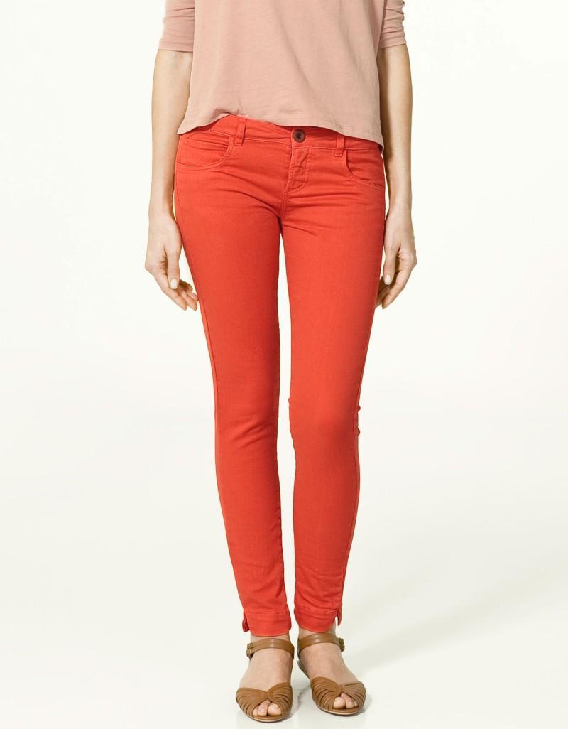 czerwone spodnie ZARA rurki - wiosenna kolekcja