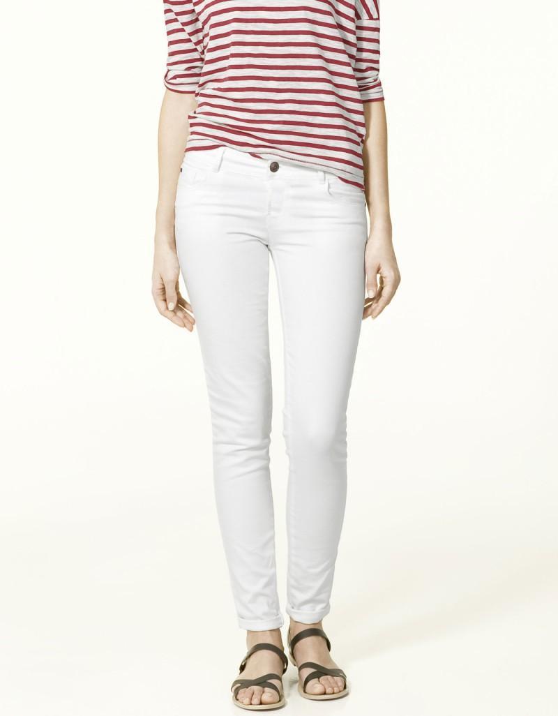 białe spodnie ZARA rurki - wiosna/lato 2011