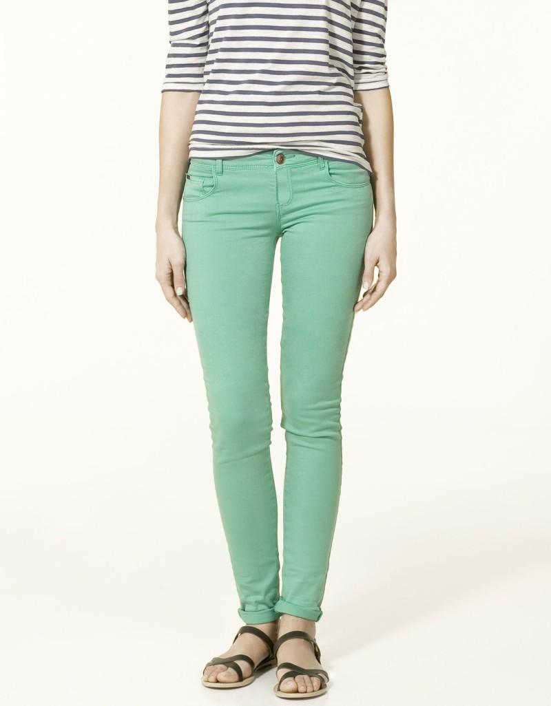 zielone spodnie ZARA rurki - wiosna-lato 2011