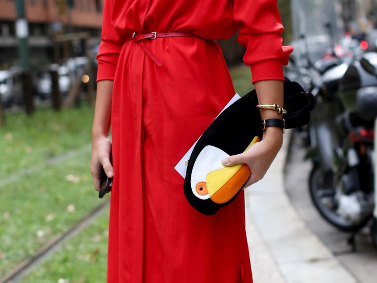 Lakier do czerwonej sukienki