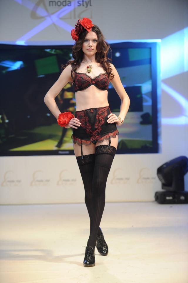 pokaz mody, bielizna, GORSETERIA, kolekcje jesień-zima 2009/2010