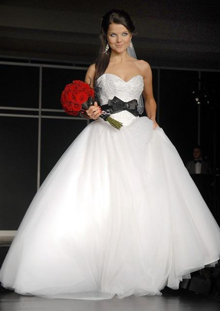 Joanna Jabłczyńska, suknia ślubna, fot. MWmedia