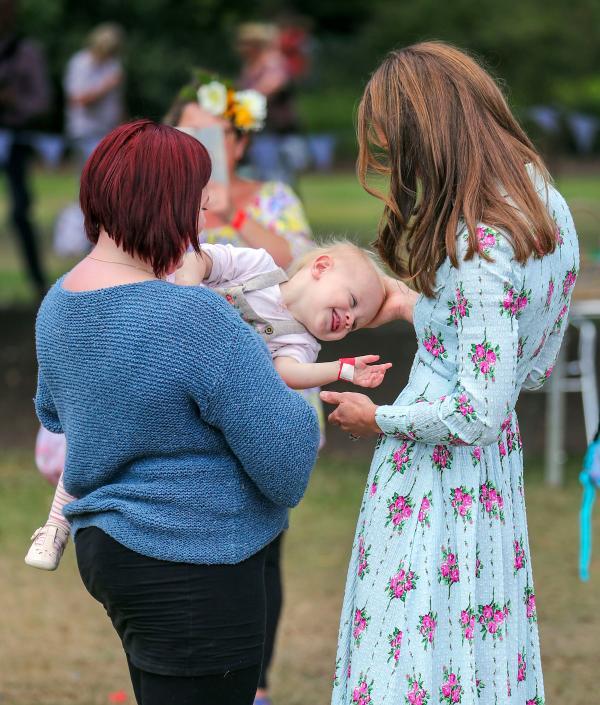 Księżna Kate w ciąży. Charlotte mówi, że urodzi dziewczynkę