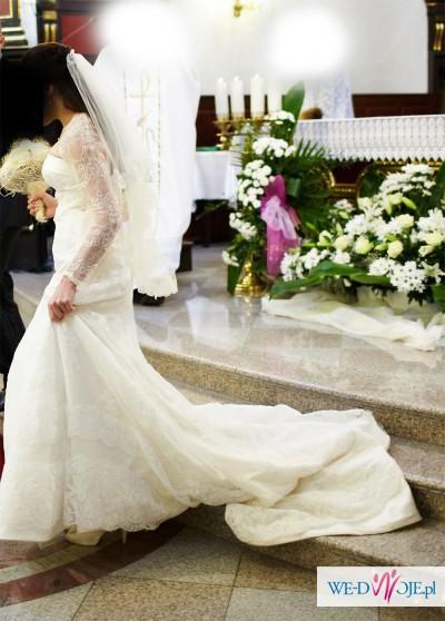 Koronkowa Suknia zakupiona w  Madonnie model dagen