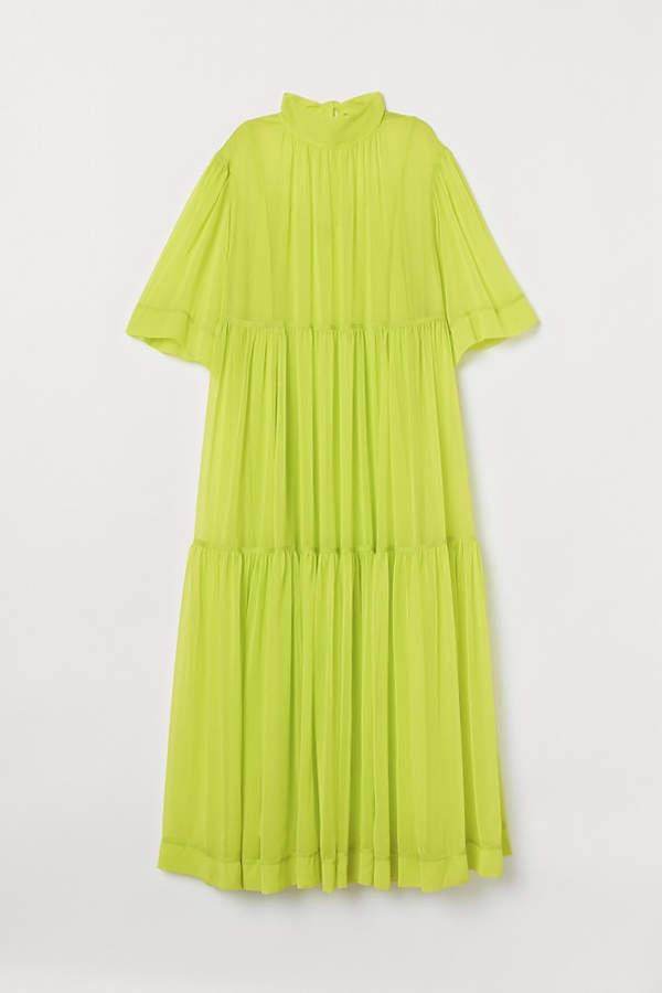 neonowa sukienka Kingi Rusin z H&M