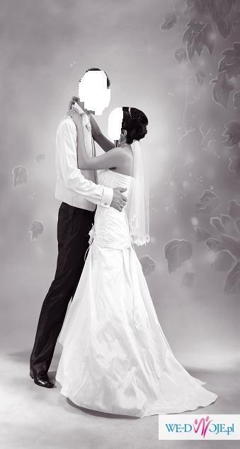 OKAZJA!!!! Sprzedam śliczną suknie ślubną + dodatki  TANIOO