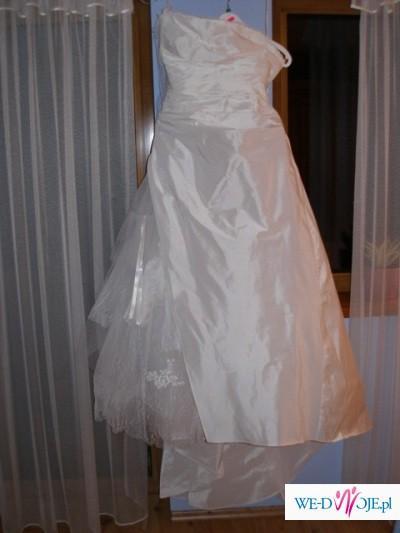 Piękna suknia ślubna CYMBELINE model APOLINE
