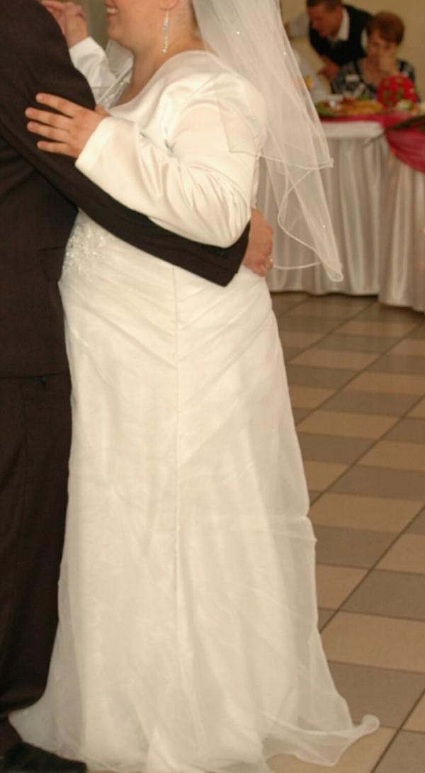 Piekna suknia slubna rozmiar 50-51 wiekszy