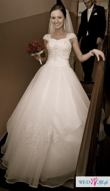 Przepiękna biała suknia ślubna SPOSA Erica 2012 + buty i welon
