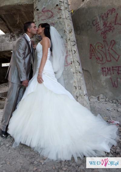 Przepiękna suknia ślubna ecrue