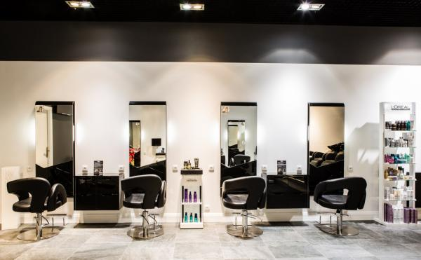 Zdjecia Salon Fryzjerski Hair Studio Robert Terefenko Baza Firm