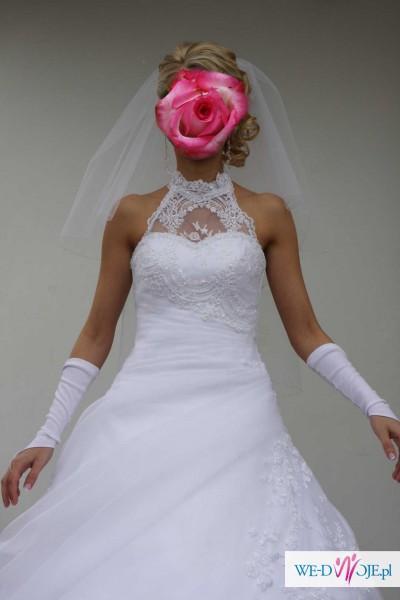 Śliczna suknia (organza+kamienie Swarovskiego)
