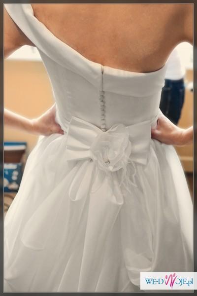 Sprzedam francuską suknia ślubną z kolekcji 2012