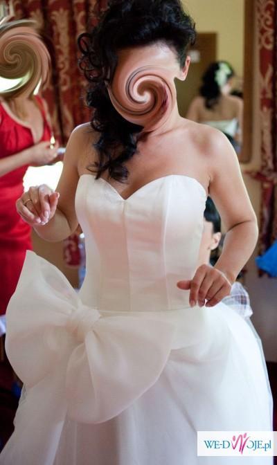 Sprzedam suknię ślubną szytą na wzór CYMBELINE model hester/honoria