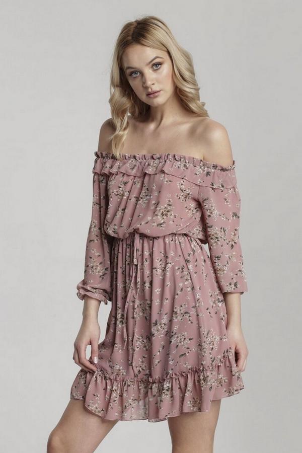 sukienka hiszpanka w kwiaty w stylu Małgosi Rozenek