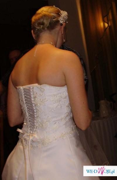 Suknia ślubna classic