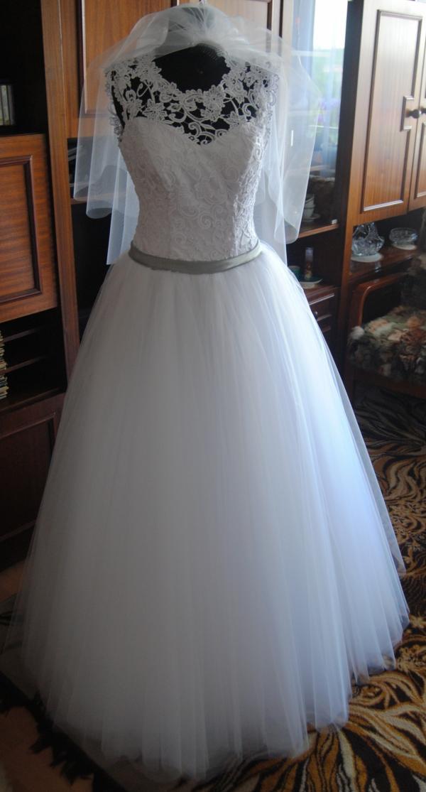313cc28bb8 Suknia ślubna princessa księżniczka koronka gipiura stan idealny ...