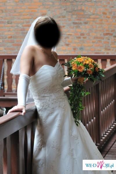 Suknia ślubna Warto