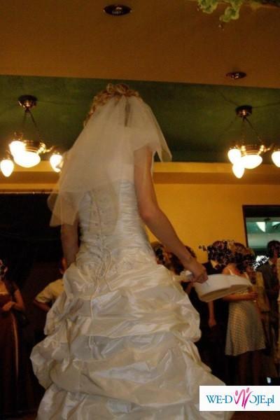 Super fajna suknia ślubna