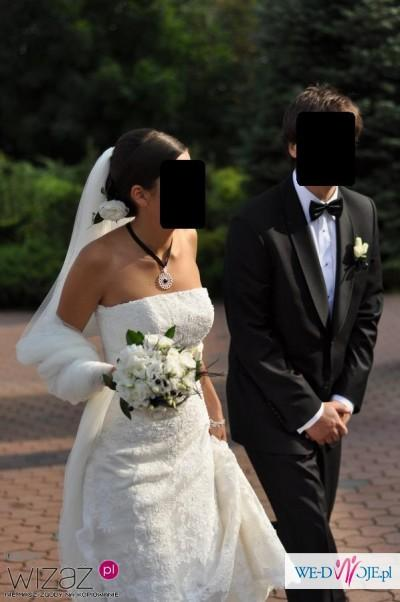Wyjątkowo elegancka suknia White One