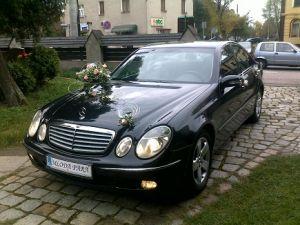 """ A Auto do ślubu CZARNY MERCEDES E-klasa na wesele !!!"""
