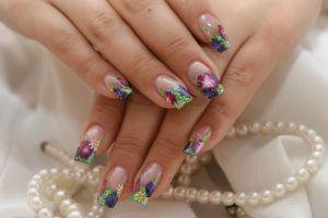 Aurelia Nails