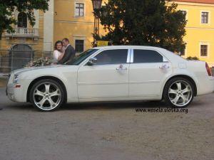 Chrysler 300C Wynajem do ślubu auto na wesele