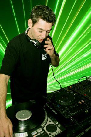 DJ NA WESELE-WODZIREJ-OPRAWA MUZYCZNA IMPREZ