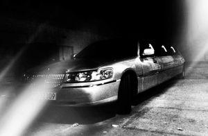 EMA limousine