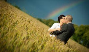 Fotografia ślubna z emocjami na pierwszym planie