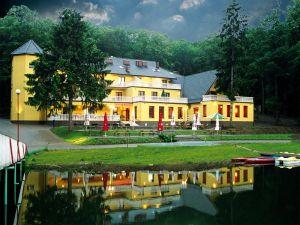 Hotel i restauracja CARINA
