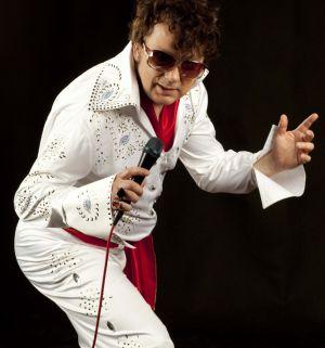 Impreza z Elvisem