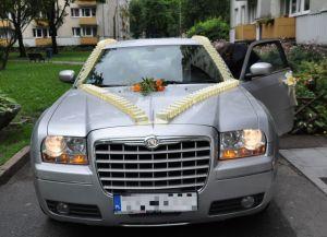 Limuzyna samochód do ślubu, Kielce. Chrysler 300C na wesele