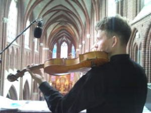 Muzyczna oprawa ślubu,tel.601715889 Warszawa(skrzypce,śpiew)