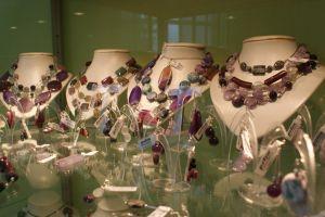 Petra - biżuteria z kamieni naturalnych ze srebrem próby 925