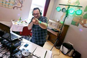 Prezenter,wodzirej,dj www.djdlaciebie.pl