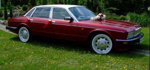 Samochód do ślubu z prawdziwym szoferem