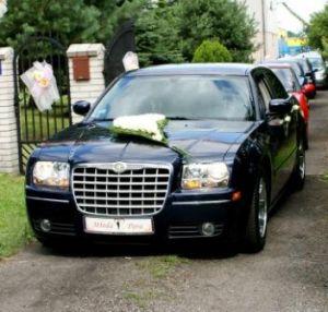 Wynajmę samochód do ślubu Chrysler 300 C