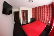 Boogie Hostel  Deluxe - pokoje z łazienkami w samym centrum