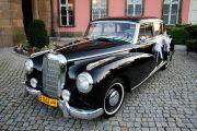 Luksusowy Mercedes Benz 300C z 56 r.
