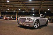 Pomnik Ameryki - Chrysler 300c.