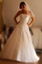 dfd948a083 Wypożyczalnia sukien ślubnych CLEO. Baza firm   Ślub