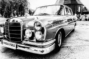 Zabytkowy mercedes w111 220Sb Skrzydlak 1964r