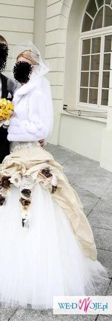ABSOLUTNIE PRZEPIĘKNA Suknia ślubna Urszula Mateja model 640